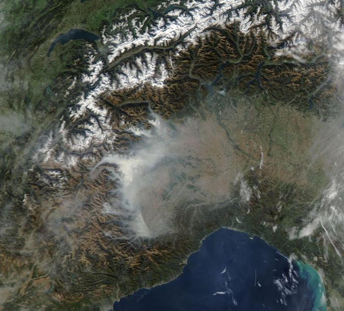 Visione satellitare incendi in Piemonte