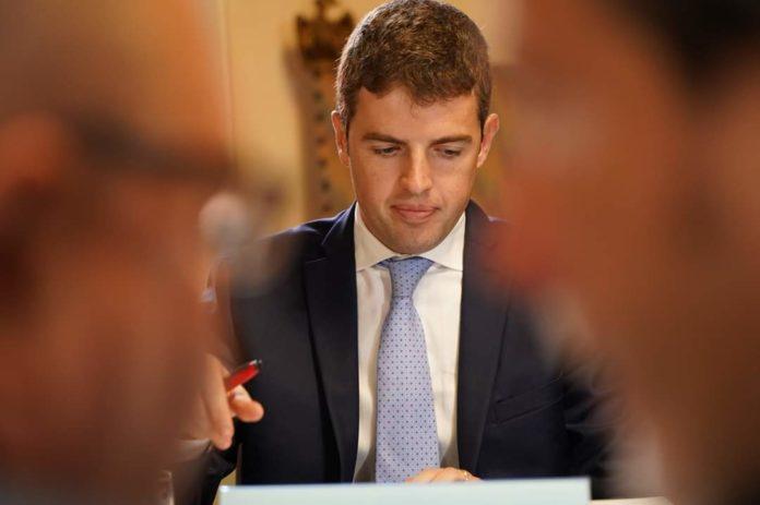 Michele Pianetta al lavoro in ANCI Piemonte